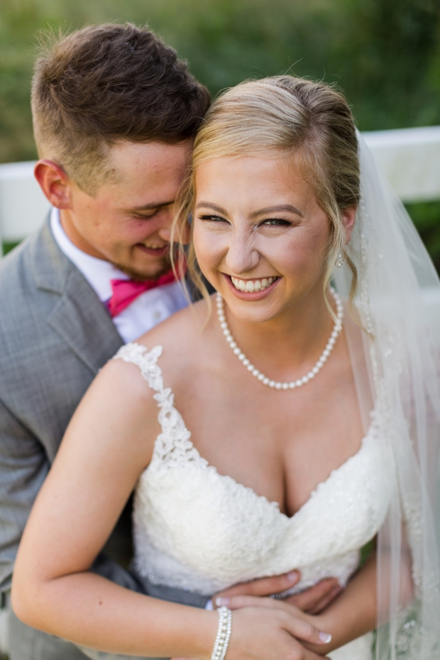 Jayna Watkins Photography // East Tennessee Wedding, Lifestyle, and Portrait Photographer // Knoxville, Tennessee // The River Place // June Wedding // Tennessee Barn Wedding // Tennessee Wedding // East Tennessee Bride // Tennessee Bride // White Washed Barn Wedding