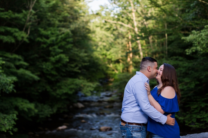 Jayna Watkins Photography / East Tennessee Wedding and Lifestyle Photographer / Tennessee Wedding and Engagement Photographer / Great Smoky Mountains Engagement Session / Elkmont Engagement Session / TN Wedding Photographer / Southern Wedding Photographer / Southeastern Wedding